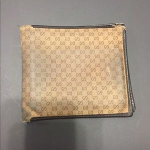 Authentic Gucci logo wallet